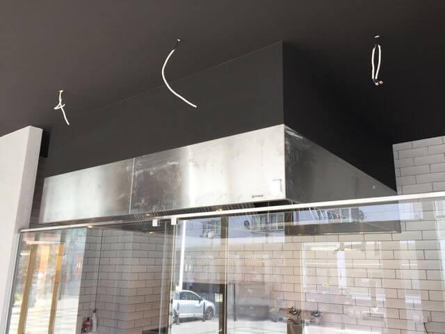 montaż wentylacji w restauracji