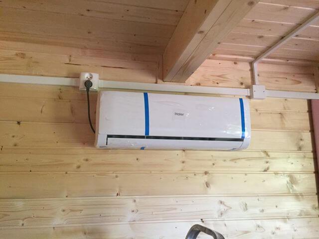 montaż klimatyzatora w domku całorocznym
