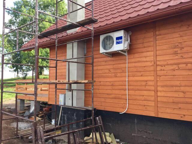 montaż klimatyzatora na domku