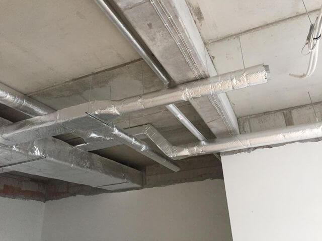 rozłożenie instalacja wentylacji w lokalu