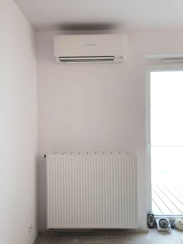 klimatyzator mitsubishi heavy industries w mieszkaniu model z wifi
