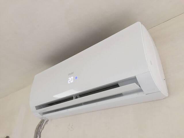 montaż klimatyzatora HAIER FLARE o mocy 3,5 kW w mieszkaniu we wrocławiu