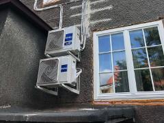 Montaż dwóch klimatyzatorów FLARE marki HAIER z jednym agregatem Multi Split w domu we Wrocławiu.